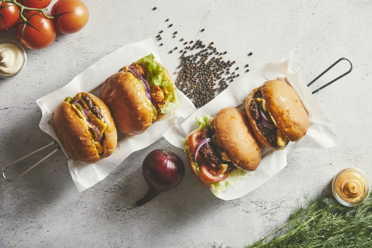 Wolt 20.11.11 Burger Boom Store Torv0169